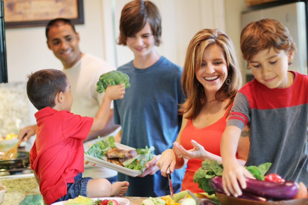 cooking with your children The value of cooking  teaching your children to cook may inspire a future career choice by taking the time to introduce your children to the kitchen, you may be .